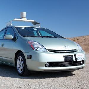 Водитель для веры: Александра Шевелева о беспилотных автомобилях Google и разочаровании в человеке — Колонки на The Village