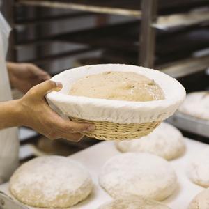 Как пекут хлеб — Производственный процесс на The Village