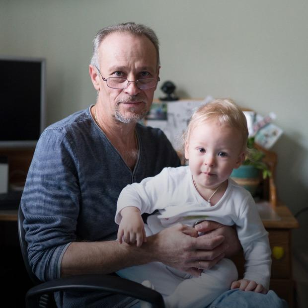 «Супруга называет меня настоящим героем» — отцы, которые сидят с детьми — Люди в городе на The Village
