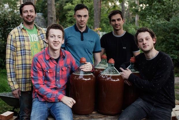 Партия «Яблоко»: Как организовать производство сидра на даче  — Личный опыт на The Village