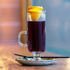Запас на зиму: 5 горячих алкогольных коктейлей — Еда на The Village