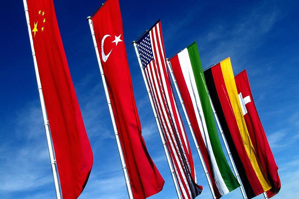 Дружба народов: Как общаться с иностранными бизнес-партнёрами — Облако знаний на The Village