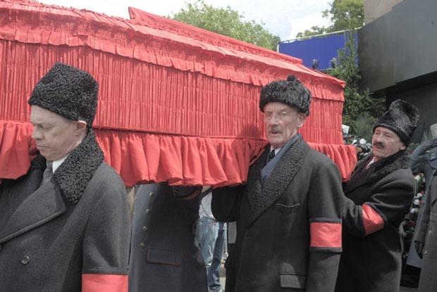 Либо ничего: Почему «Смерть Сталина» напугала чиновников сильнее «Матильды» — Кинопремьеры на The Village