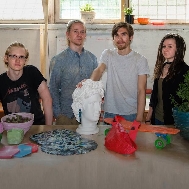 99recycle: Как делать модные аксессуары из пластиковых отходов — Предприниматели на The Village