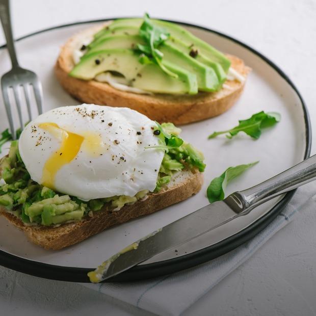 Как выбрать авокадо и пожарить идеальный стейк? — Как надо на The Village