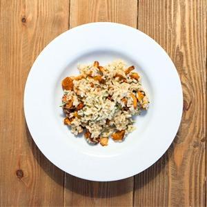 Сезонное меню: Блюда с лисичками в ресторанах Петербурга — Еда на The Village