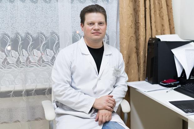 Суицидолог Илья Смирнов — о самоубийствах в России и внимании к близким