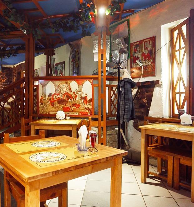 Все свои: Пельмени-бар на Кронверкском проспекте