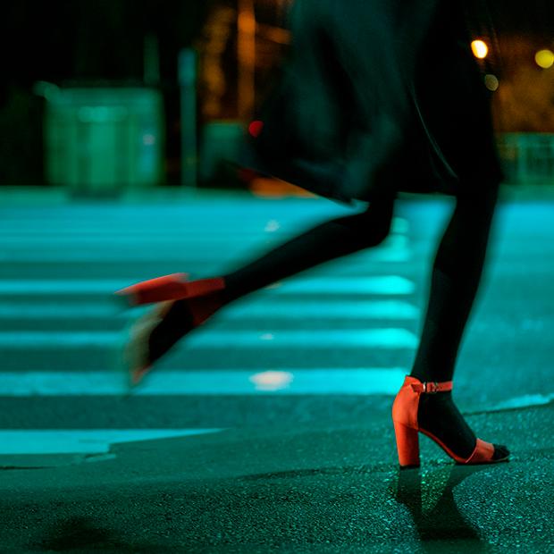 Ночная уличная фотография от Марины Вольской-Никитиной — В закладки на The Village