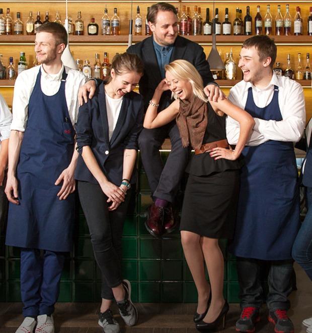 Первые лица: Как подбирают официантов в «Пробке» на Цветном — Рестораны на The Village
