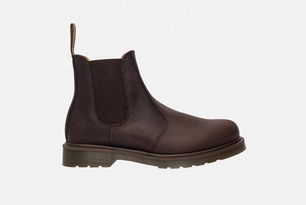 Забыть про кроссовки: 18 пар мужской обуви на осень — Вещи на The Village