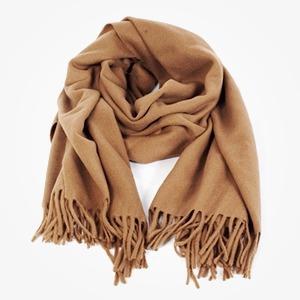 Лучше меньше: Где покупать шарф Acne — Лучше меньше на The Village