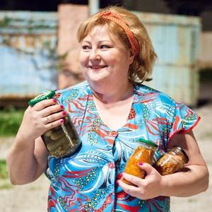 Обновлённая Пятницкая, рекордное застолье с фильмом «Горько!» и второй «Город грехов» — События недели на The Village