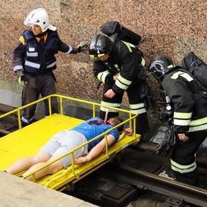 Учения в петербургском метро по сценарию московской катастрофы — Фоторепортаж на The Village