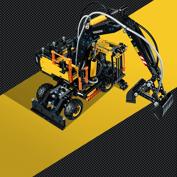 Большой брат: Игрушки Lego соревнуются со своими прототипами