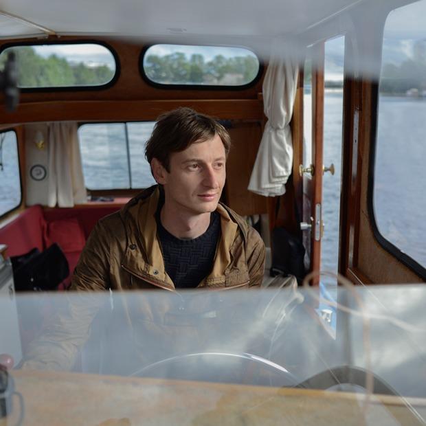 «У меня свой катер в Петербурге» — Личный опыт на The Village
