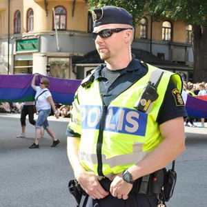 Иностранный опыт: Как геи работают в шведской полиции — Иностранный опыт на The Village