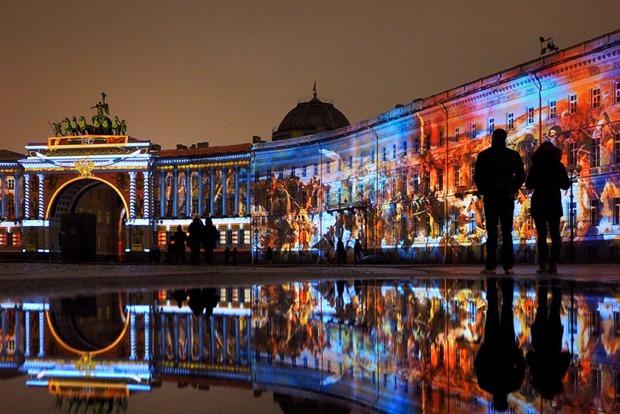 «Тайга маркет», 3D-шоу на Дворцовой, выставка викторианской фотографии и ещё 13 событий