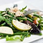 Салат с зеленой фасолью и грушами