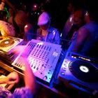 Пик сезона: Летние нововведения в клубах Петербурга