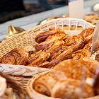 В Доме Мертенса открылся ресторан-кондитерская Bengel & Zaek