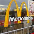 Москвичи решили парализовать работу McDonald's на Пушкинской