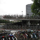 Амстердам. Длинные улочки магазинов