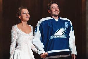 «Лед 2»: Танцы на льду с народными хитами и Александром Петровым — на этот раз про отца-одиночку
