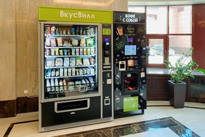 «ВкусВилл» начал ставить автоматы с продуктами в подъездах. Но радоваться рано