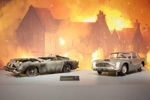 Что посмотреть на выставке «Дизайн 007: 50 лет стилю Джеймса Бонда»