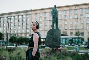 Мобильный художественный театр: Что (пока) не так с новым проектом Михаила Зыгаря