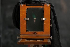 Как заработать на старинных фотографиях