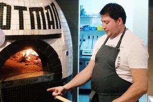 Дмитрий Зотов из Zotman Pizza Pie и пабов Haggis и «Крылышко или ножка»