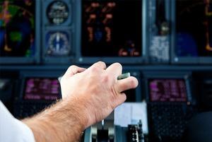«Люди ищут работу за рубежом»: Пилот «Трансаэро» — о безопасности полётов и атмосфере в компании
