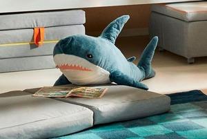 «Это круче очереди за айфонами»: Почему в ИКЕА смели всех акул