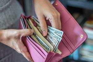 «Я получаю доход в валюте»