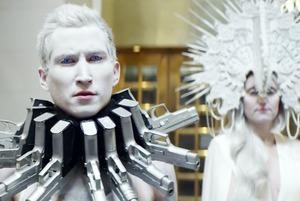 Третье нападение на школу, политический клип Тимберлейка и новый альбом Fall Out Boy