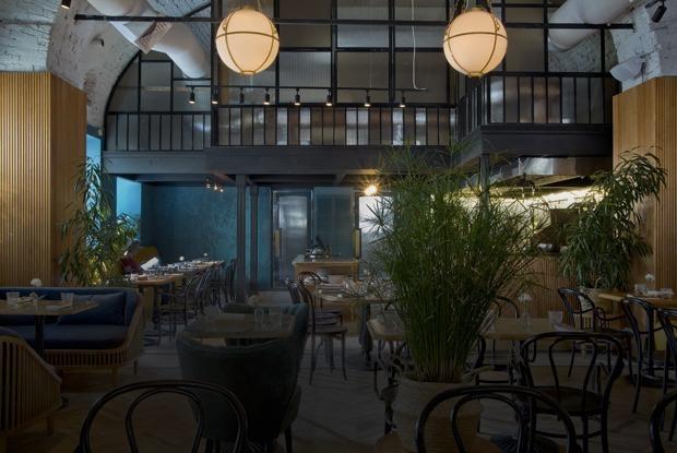 Джекфрут, корень таро и чай из свиных ребрышек в ресторане «Сойка»