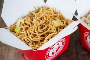 Азиатский «Макдоналдс»: Как появилась Panda Express и что ее ждет в Москве