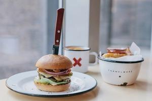 Почему The Burger Brothers закрыли свои бургерные