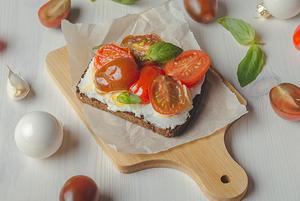 10 рецептов простых закусок