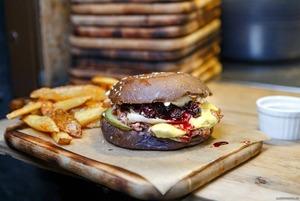 Что есть в Екатеринбурге осенью: Крымские трюфели и бургер с копченой вишней