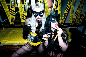 Сквирт шампанского: «Как я сходил на трехлетие Kinky Party»