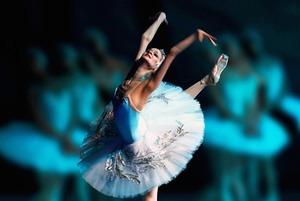 Шоу OVO, «Ромео и Джульетта» на коньках, балет и «Поезд на Юму»