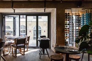 Еда в потемках: Dante Bar + Kitchen на Кузнецком Мосту