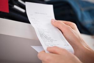 Отказаться от чеков из банкомата