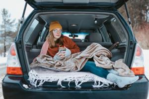Зима в горах: Преимущества путешествия на арендованном автомобиле