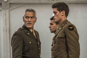«Уловка-22»: Старомодная военная сатира Джорджа Клуни по Джозефу Хеллеру