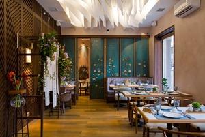 Рыба-сабля и овца с сахарной ватой: Что заказывать в новом китайском ресторане «Дружба»