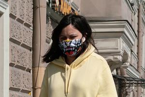 Масочный режим на улицах Петербурга: Как это выглядит на примере центра
